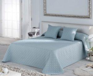 narzuty na łóżko do sypialni